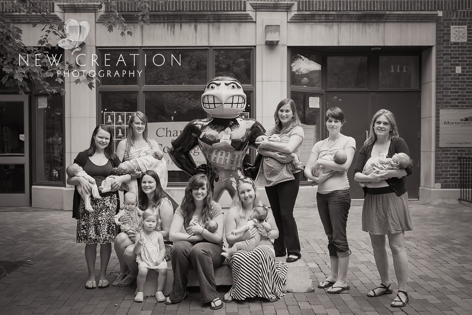 PBAP-Iowa-City-Breastfeeding-Photographer-8188